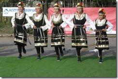 1200px-Bulgarian_Girls_05
