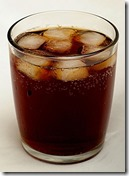 437px-Tumbler_of_cola_with_ice
