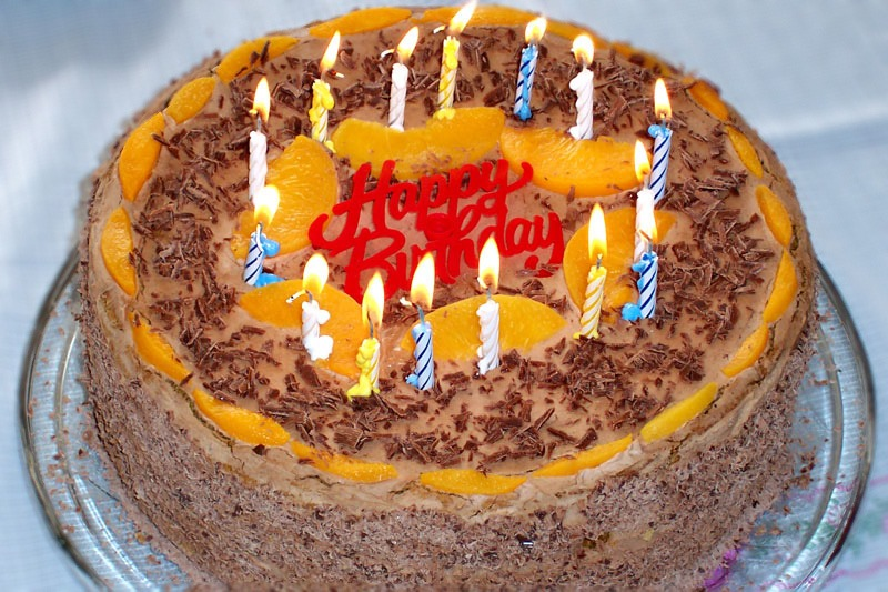The Happy Birthday Song In France - Cake happy birthday song