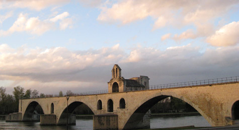 Sur le pont d'Avignon - French Children's Songs - France - Mama Lisa's World: Children's Songs and Rhymes from Around the World  - Intro Image