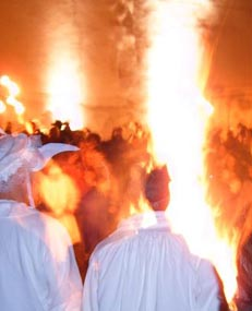 Photo of People burning Mr. Carnaval