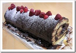 raspberry yule cake