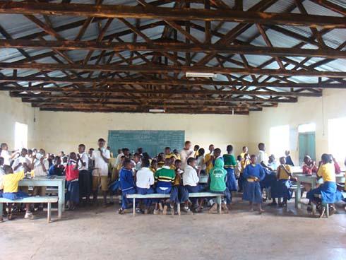 Eh Yakobo - Chansons enfantines tanzaniennes  - Tanzanie - Mama Lisa's World en français: Comptines et chansons pour les enfants du monde entier  - Intro Image