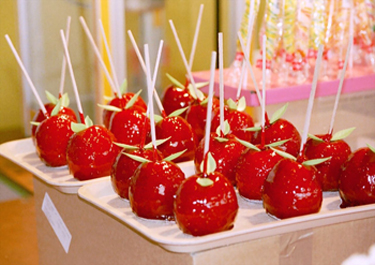 Candy Apple on a Stick - American Children's Songs - The USA - Mama Lisa's World: Children's Songs and Rhymes from Around the World  - Intro Image